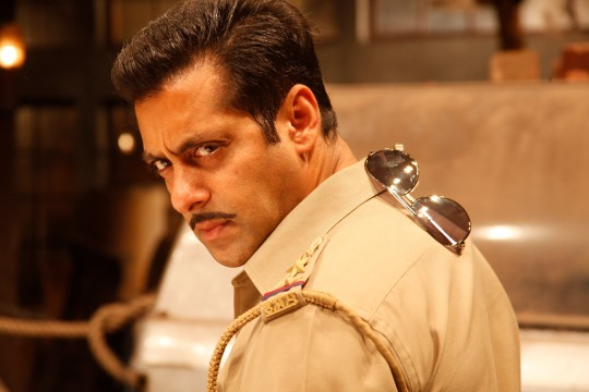 Salman-Khan-in-Dabangg-2-3